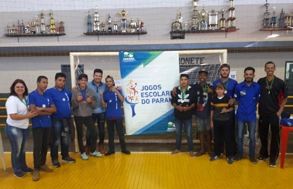 Delegação de Tamarana vence disputa de xadrez nos Jogos Escolares do Paraná