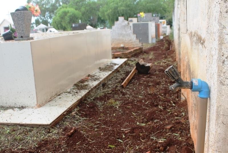 Cemitério José Bolotari começa a receber 10 novas torneiras