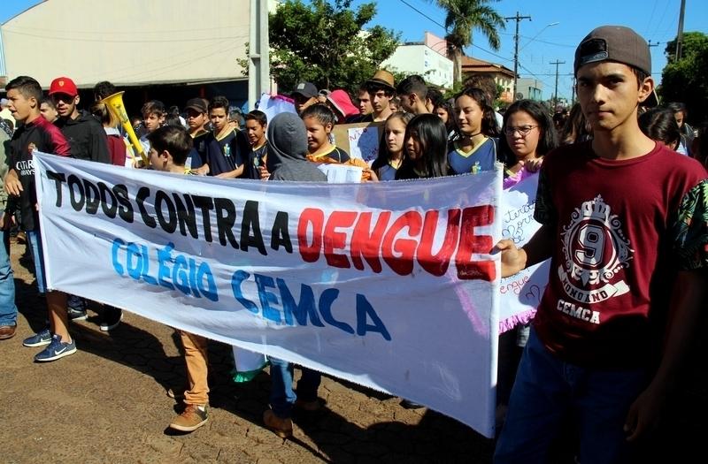 Cemca faz passeata contra dengue em Tamarana