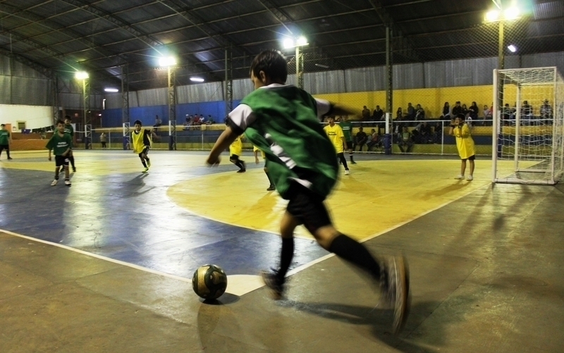 Futsal agita Centro Social Urbano de Tamarana