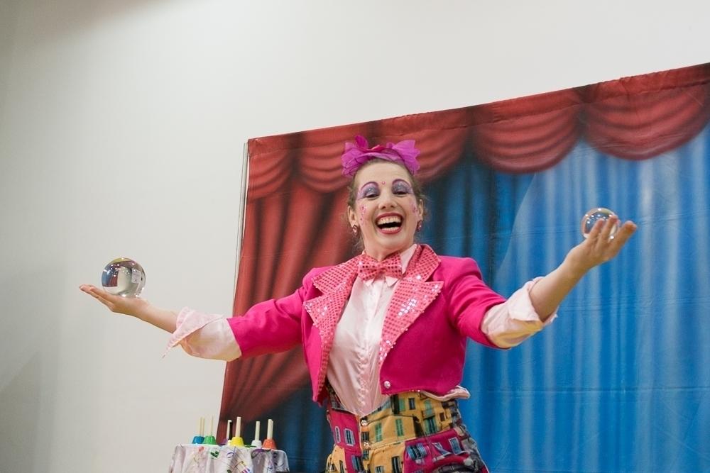Garotada poderá curtir apresentação circense virtual nesta segunda-feira (21)