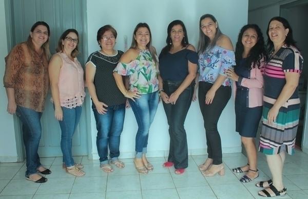Comitiva de Florestópolis conhece iniciativas da Educação de Tamarana