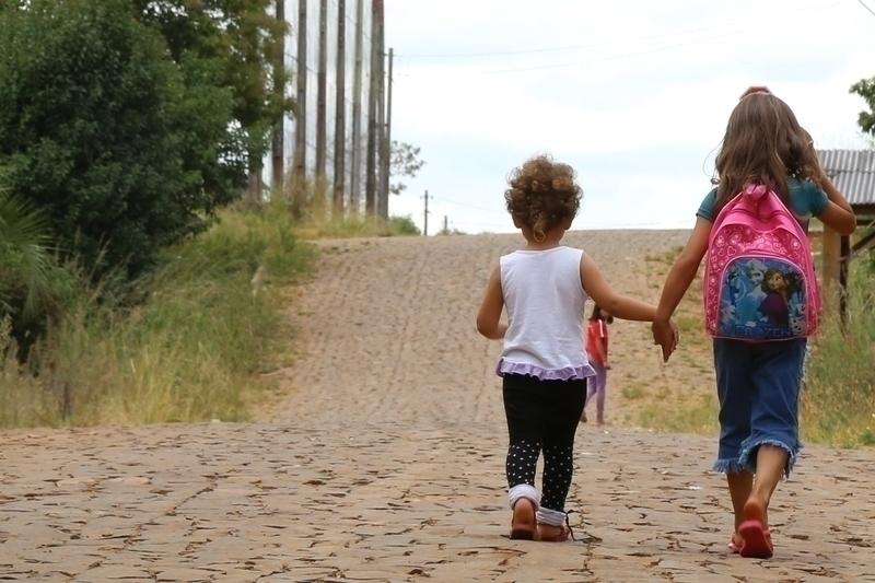 Campanha reforça combate à violência contra crianças e adolescentes