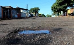 Firmados convênios para recape do Jardim Juny e Moura Tresse. Pacote de obras inclui construção de áreas de esporte e lazer